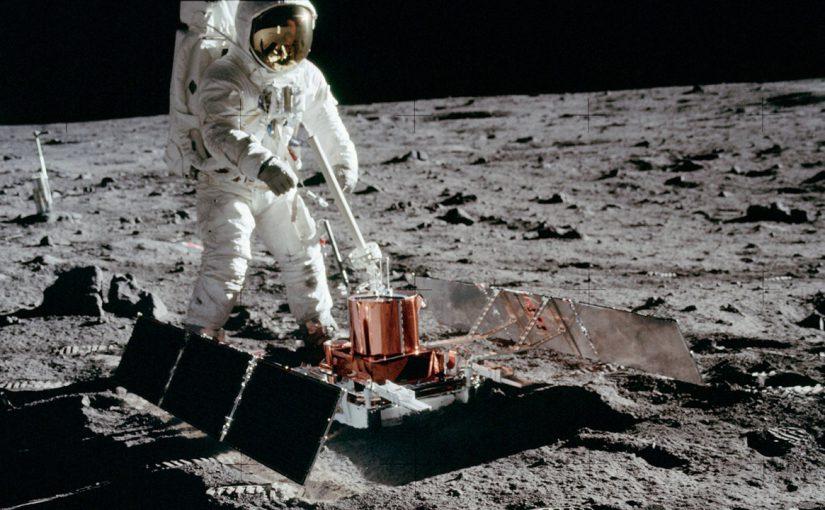 Guía de Proyectos STEM de la NASA: » Hacia la Luna»